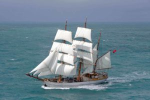 Le Français grand voilier 3 mâts barque